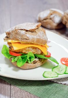 Rezept für Klassischen Chickenburger – einfach selbstgemacht - Gaumenfreundin.de - Foodblog
