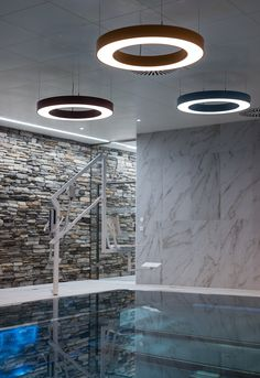 Pendelleuchte, verschiedenfärbig, LED, Schwimmbadbeleuchtung, Therapiebecken; Pendant light, different colors, LED, swimming pool lighting, therapy pool; Led, Innovation, Therapy, Swimming, Lighting, Pendant, Colors, Modern Architecture, Products