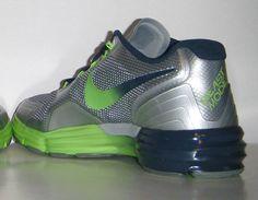 Nike Lunar TR1- Marshawn Lynch Beast Mode PE