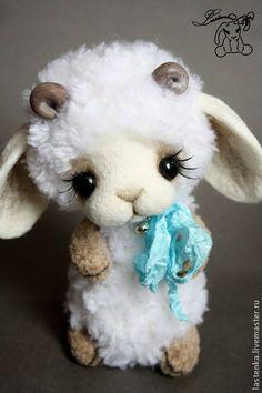 Teddy Bears handmade.  Fair Masters - handmade lamb Snowdrop.  Handmade.
