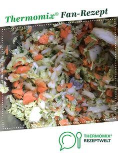 Chinakohl-Möhren-Salat mit Zitrone von ZG76. Ein Thermomix ® Rezept aus der Kategorie Vorspeisen/Salate auf www.rezeptwelt.de, der Thermomix ® Community. Low Carb, Cooking Recipes, Snacks, Pampered Chef, Food, Salad, Lemon, Salad Ideas, Appetizers