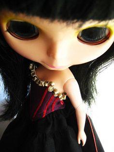 Violet with Pale Green Ribbon Ruffle Corset   Flickr: partage de photos!