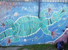 Aboriginal Art Mural Year 7, Block Wall, Mural Ideas, Indigenous Art, Aboriginal Art, School Projects, Garden Inspiration, Old And New, Art Lessons