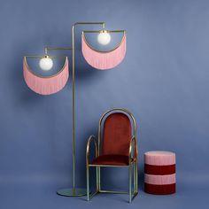 "Ana Milena Hernandez na Instagrame: ""Wink Wink Wink @houtique_ #design"" Norman Foster, Fondation Prada, Living Area, Living Spaces, Living Room, Pink Plates, Style Deco, Fringes, Lampshades"