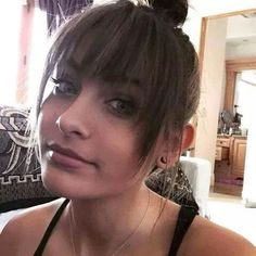 Paris Jackson new pic baby girrrrlll su perf🙊💖 Paris Jackson, Happy Birthday Paris, Michael Jackson Daughter, Barely There Makeup, Beautiful Paris, Jackson Family, King Of Music, Janet Jackson, Love Her Style
