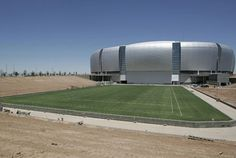 Glendale, AZ: Super Bowl XLII,  boasts the first retractable field in North America. Planted in a 2-acre tray that rolls on 16 rails