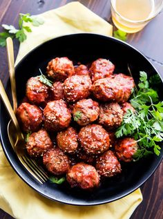 Paleo Meatballs with a sweet Sriracha sauce! These sweet and spicy Paleo meatballs are easy to make in under 45 minutes. Make as an appetizer, meal, snack.