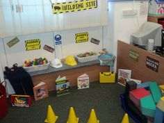 Home Corner Nursery Idea - Bing images Construction Area Eyfs, Construction Area Early Years, Brick Construction, Interactive Activities, Preschool Activities, Early Years Displays, Play Corner, Early Years Classroom, Role Play Areas