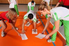 Teambuilding mit Spaß Gross Motor Activities, Preschool Games, Activity Games, Activities For Kids, Youth Group Games, Family Games, Sports Games For Kids, Gym Games, Pep Rally