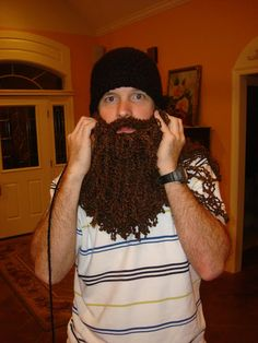 """Duck Dynasty"" Crochet Beard 