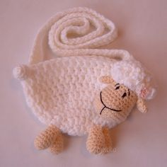 sheep purse for little girl - or for a sheep lover to keep little things in her drawer???  sans the handle....
