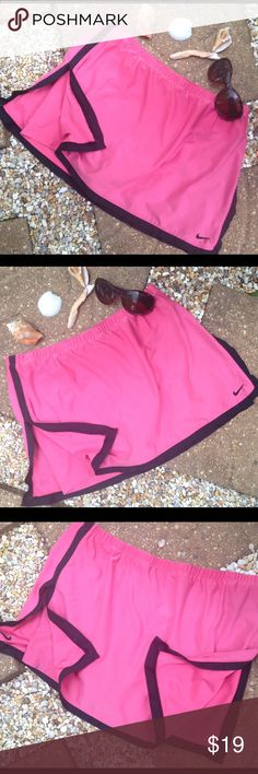 Pink and Black Nike Scort Nike brand Pink and Black Scort just in time for Summer💛 Nike Shorts Skorts