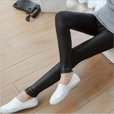 2017 new Spring and Autumn leggings Thin models of leather Leggings Large size stretch Fashion warm Leggings PU Leggings Pants