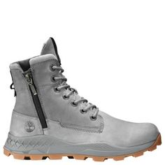 At Timberland, we're known for work boots - but with our leather boots, hiking boots and waterproof boots, there's something for everyone. Timberland Boots Outfit, Timberland Mens, Mens Sneaker Boots, Timberland Earthkeepers, Timberlands, Timberland Fashion, Grunge Style, Soft Grunge, Men Boots
