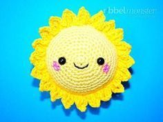 "Amigurumi - plus grand soleil ""crochet"" soleil Amigurumi Tutorial, Crochet Amigurumi, Amigurumi Patterns, Amigurumi Doll, Crochet Toys, Crochet Patterns, Crochet Keychain, Crochet Bookmarks, Knitting Kits"
