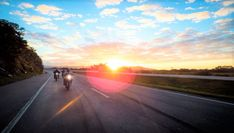 Photo by Rafael Lopes de Lima on Unsplash Grande Route, Grand Canyon, Harley Davidson, Saint Mathieu, Motos Harley, Cities, Hd Motorcycles, Photos Hd, Sneak Attack