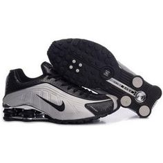 new concept 37861 ca790 Nike Shox Hommes R4 Chaussures Grey (Gris) Black (Noir) Red Basketball Shoes