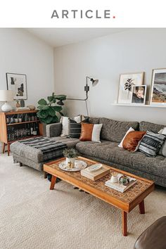 Boho Living Room, Living Room Grey, Living Room With Carpet, Bohemian Living, Cute Living Room, Fall Living Room, Living Room Ideas With Grey Couch, Gallery Wall Living Room Couch, Small Living