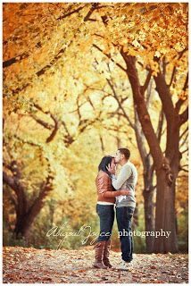 how to pose couple photography
