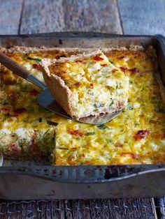 Vegan Lentil Soup, Lentil Soup Recipes, Egg Recipes, Healthy Recipes, Egg Dish, Sausage Rolls, Food And Drink, Lunch, Brownies
