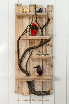 64 Trendy Wood Pallet Projects Wall Rustic Home Decor Handmade Home Decor, Unique Home Decor, Home Decor Items, Rustic Wall Shelves, Pallet Wall Shelves, Wooden Wall Art, Wood Art, Pallet Tree Houses, Wood Pallets