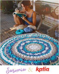 Craft Lovers ♥ Mandala Teppich aus Washi von Susimiu – Newest Rug Collections Motif Mandala Crochet, Mandala Rug, Crochet Rug Patterns, Tapestry Crochet, Crochet Doilies, Doily Patterns, Love Crochet, Beautiful Crochet, Crochet Cats