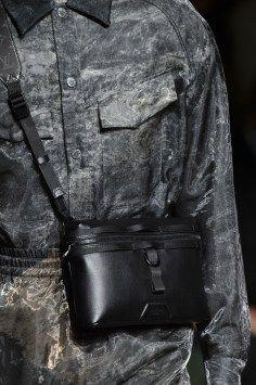 Vuitton m clp RF18 9837
