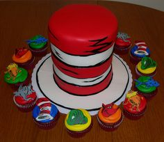 Dr. Seuss cupcakes & Cat in the Hat cake