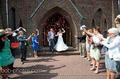 Funny wedding picture. Bob-photos.com