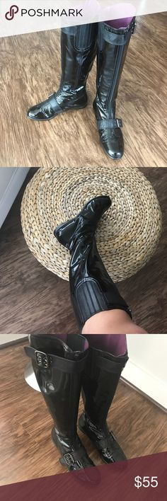 Taryn Rose Patent Leather Buckle Boots Taryn by Taryn Rose patent leather flat buckle boot. Black patent leather with leather trim. Inside are plum. Super cute. Size 7 Taryn Rose Shoes Winter & Rain Boots