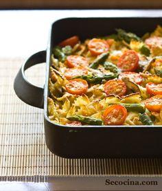 Lazos integrales con verduras y queso San Simón.