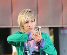 lee hong ki as jeremy. LOVE THE HOSE SCENES haha!  You shoot my clothing, my hair and to save him???