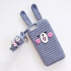 How To Crochet Mobile Cell Phone Pouch For iPhone Samsung - Crochet Ideas - In frame: Gray Usagi Bunny phone case for iphone Thanksgiving order Mbak Anna uraqgf miofede ❤ - Crochet Phone Cover, Crochet Case, Crochet Hook Set, Love Crochet, Crochet Gifts, Diy Crochet, Crochet Ideas, Diy Phone Case, Iphone Cases