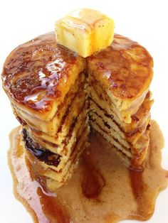 Paleo Vanilla Chai Pancakes- Clean eating with a dirty mind. Paleo Recipes, Whole Food Recipes, Cooking Recipes, Free Recipes, Yummy Recipes, Paleo Breakfast, Breakfast Recipes, Breakfast Ideas, Breakfast