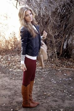 Fall outfit:: oxblood skinnies +striped blouse + leather jacket + brown tall boots- I need some red/maroon pants like this! Outfits Leggins, Leather Jacket Outfits, Leather Jackets, Outfit Jeans, Passion For Fashion, Love Fashion, Womens Fashion, 1950s Fashion, Style Fashion