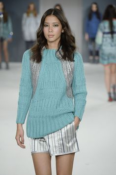 Textured foiled knitwear Esther Rigg final collection GFW