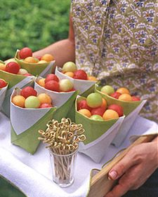 How to- Cheery Paper Fruit Pouches- for a number of things: fruit salad, cookies, popcorn, assorted nuts and much more.