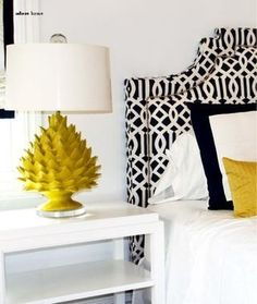 Black and White with a pop of color. Love the lamp!