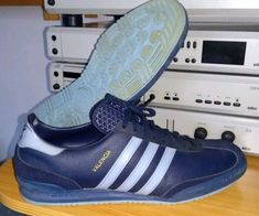 detailed look cc6d6 ea367 Amazing condition vintage Valencias from the 70 s made in West Germany  Adidas Og, Adidas Sneakers