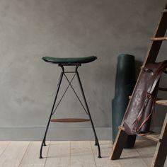 Wire Bar Stool in British racing green leather by Overgaard & Dyrman - www.oandd.dk