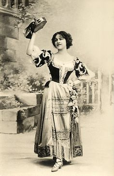 gypsy with her tambourine... do a happy dance