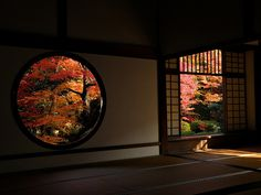Autumn Zen (by Matsuura) Japan Japanese Tea House, Japanese Modern, Japanese Interior Design, Japanese Design, Japanese Architecture, Architecture Design, Round Doorway, Japan Garden, Japanese Tea Ceremony
