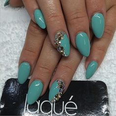Glamorous Stiletto Nail Designs to Obsess Over