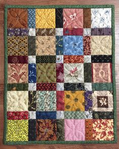Queen Size Blue & Multi-color Nine-Patch Patchwork Quilt Colchas Quilting, Patchwork Quilt Patterns, Scrappy Quilts, Easy Quilts, Small Quilts, Mini Quilts, Machine Quilting, Quilting Projects, Quilting Designs