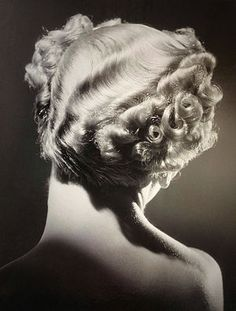 Mannequin with perm 1935