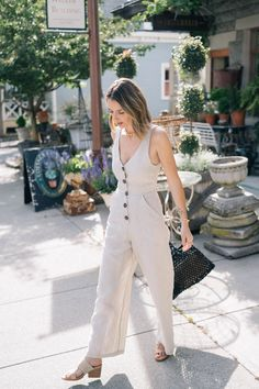 Jumpsuit Dressy, Jumpsuit Outfit, Chambray Jumpsuit, Summer Jumpsuit, Hot Weather Outfits, Summer Outfits, Traje A Rigor, Dress Up, Clothes