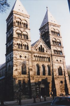 This is the cathedral we´re getting married in! Lund Sweden, Norway Sweden Finland, Cool Places To Visit, Places To Travel, Places To Go, Sweden Cities, Visit Sweden, Sweden Travel, Future Travel