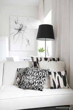 Modern black and white living room - Adalmina's Secret
