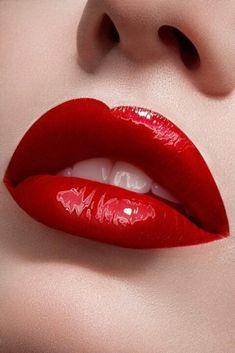Red lipstick for fair skin - kellyjoyner. - Red lipstick for fair skin – kellyjoyner. Lipstick Colors, Red Lipsticks, Lip Colors, Lipstick Art, Dark Lipstick, Lipstick Shades, Lip Makeup, Beauty Makeup, Makeup Geek