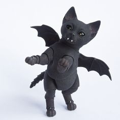 3D printed ball jointed doll. Kitten Vampire by WalloyaMorringShop